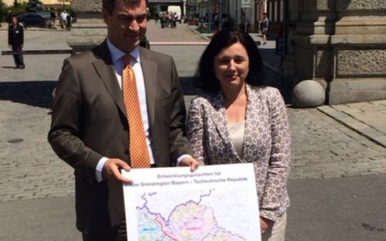 Slova končí, začíná práce! Ministryně Jourová se svým protějškem podepsali vytvoření společné Koncepce rozvoje česko – bavorského příhraničí