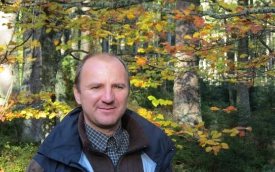 Bývalý ředitel Šumavy Jiří Mánek, oblíbený u lidí, zato nenáviděný ekologickými aktivisty, kandiduje do Senátu za ODS