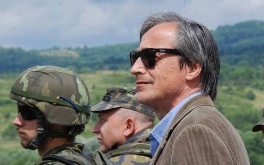 Ministr Stropnický má problém: Nepřišel do práce, místo toho byl viděn s Žilkovou na procházce daleko za Prahou