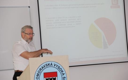 Region podporuje jadernou energetiku, souhlasí i s úložištěm! Výzkum Západomoravské vysoké školy v Třebíči