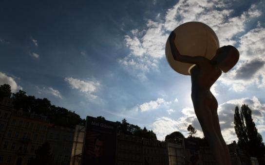 Bartoškův festival čelí kritice,  schytal to i Marek Eben! Závěrečný účet letošního MFF Karlovy Vary