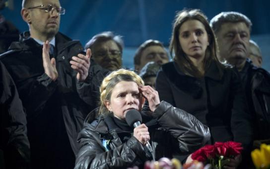 Sobotkův klon, komsomolka Tymošenková s falešným copem, mafiánští oligarchové. Je to tam bezedná žumpa! Znalec Ukrajiny promluvil