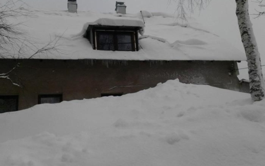 Šokovaný meteorolog z Šindelové na Sokolovsku:  Sníh v srpnu opravdu nepamatuji. Ráno mrzlo! Ptali jsme se i na prognózu na zimu