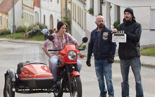 Nový seriál Vinaři sledovaly téměř dva miliony diváků! Prima se tak vyhoupla na první místo před Novu, čtěte podrobnosti a poslouchejte Chinaski