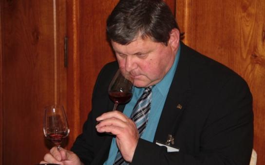 IceWine du Monde 2014: Velkou zlatou medaili soutěže obdrželo hned devět vzorků, Kanaďané, ale i Vinařství Valihrach a Vinné sklepy Valtice