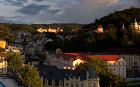 Agentura CzechTourism varuje: Ruských turistů přijede o 15 až 20 procent méně. Problémem je prý pomalé vydávání víz