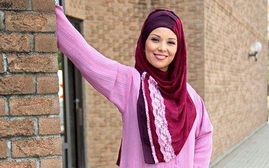 Válka o muslimský hidžáb: Agresivní islám útočí už i v Čechách. Budeme tak dlouho ustupovat, až nebude cesty zpět?