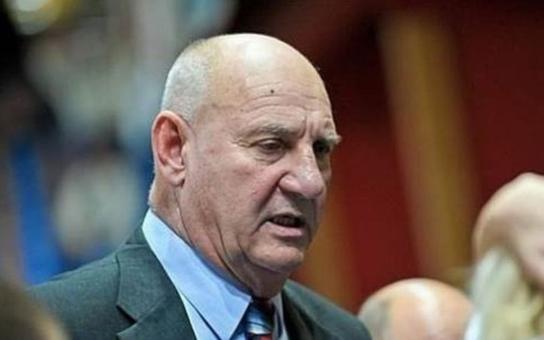"""Známý trenér, který se stal ódéesákem: Vláda má hlavní úkol, podporovat Babišův byznys jako třeba  v případě """"zelené nafty"""""""