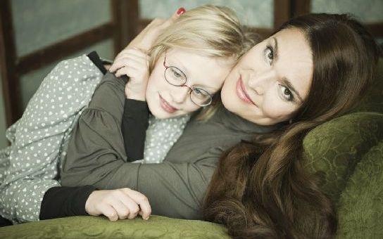 Postižená dcera dává herečce Bočanové pořádně zabrat. Víme, co ji trápí nejvíc. Čtěte Tajnosti slavných