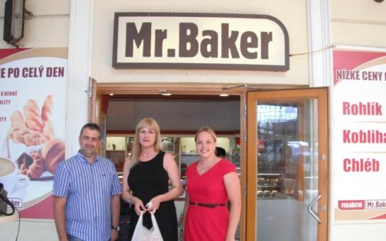 Zákazníci upřednostňují regionální výrobce, tvrdí česká síť pekařství Mr.Baker. A také to dělá