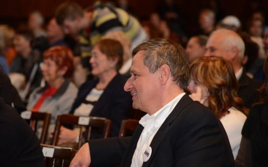 Jak socdemáci plánují atentát na Sobotku i koho Kalousek nachytal ve sněmovně na švestkách… Poslanec ANO se rozpovídal