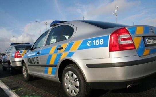 """ČSSD, KSČM i novináři se třesou hrůzou: Policie zatkla velmi """"zasvěcenou"""" lobbistku! A milenka Vojtěcha Filipa…"""