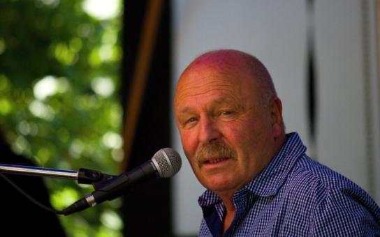 Fenomenální muzikant Petr Skoumal: Opustil dvě krásné herečky a tři syny. Tajnosti slavných