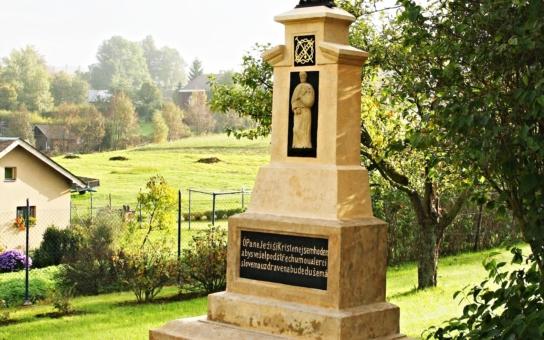Pardubický kraj zachraňuje i drobné památky, křížky, boží muka, kapličky