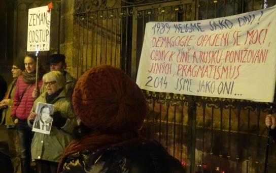 Protest v Plzni: Ztratili jsme důstojnost z havlovského období, současný prezident nám nabízí ponižování se před Ruskem a Čínou!