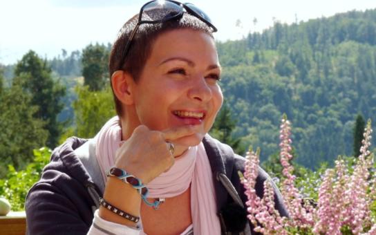 Populární zpěvačka Anna K. znovu ve vážném ohrožení. Po vítězném souboji s rakovinou málem přišla o život během koncertu