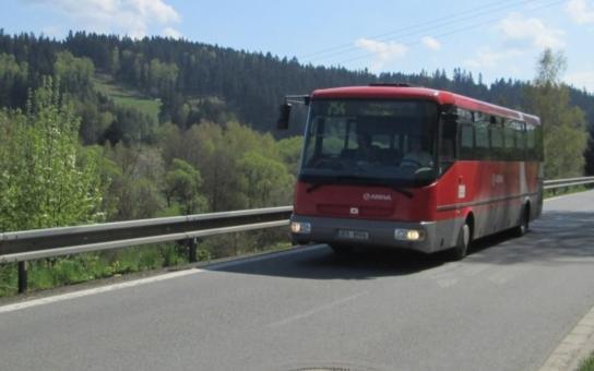 Ve čtvrtek pravděpodobně nevyjedou řidiči společnosti Arriva Morava. Stávka se tak může dotknout i části Pardubického kraje