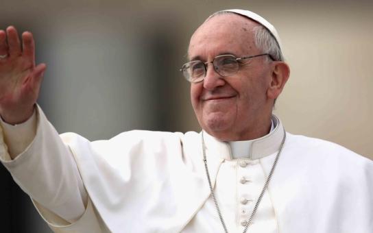 Tajemství papeže Františka odhalil známý sociolog. Zjistil, proč jel do Albánie a proč ho mají tak rádi i ateisté