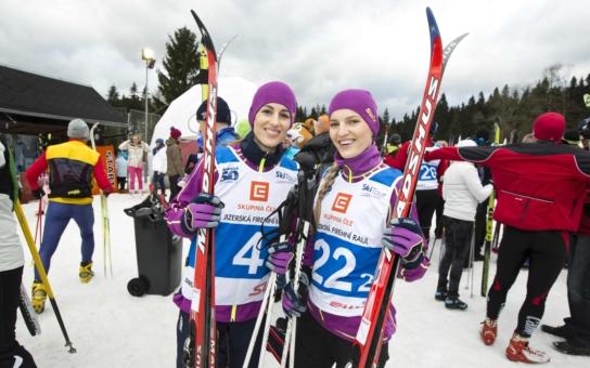 A jéje, missky podcenily přípravu. Takový je výsledek jejich účasti v závodu na lyžích. Radši budu těhotná, zaznělo