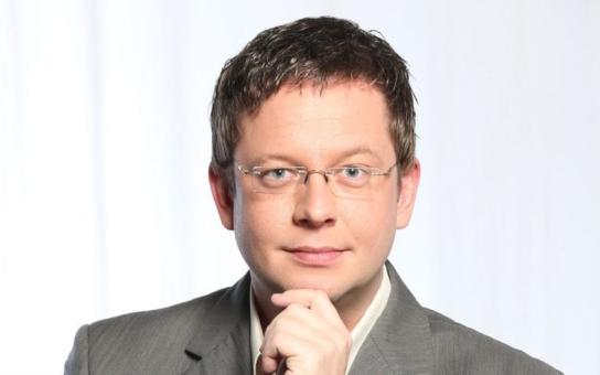 Moderátor Aleš Cibulka vyprodal Lucernu. Proč ho mají jeho VIP hosté raději než Jana Krause? Cibulka to vysvětluje jednoduše...
