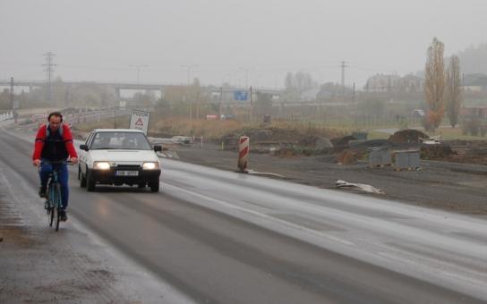 Náchodští aktivisté plánují na pátek blokádu silnice. Ničemu nepomůžete, snaží se jim to rozmluvit politici