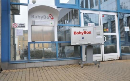 Babybox v Olomouci zachraňuje nechtěné děti už osm let. Museli jej v lednu vyměnit za modernější