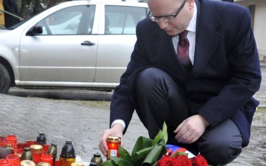 Zemřít v Česku: Kdo zahyne vinou vrahů sám, musí se obejít bez premiéra, pomoci i sirén. Národ se zase pořádně naštval: A co ty zavražděné děti?