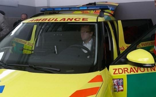 Výjezdová stanice záchranky na Seči se konečně dočkala svého sídla. Opravy se dočkají také silnice v okolí