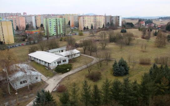O zanedbané pozemky laxních vlastníků se v České Lípě postará město. Ale! Peníze za to bude nekompromisně vymáhat