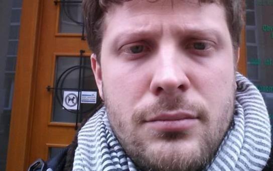 Skandál jako Brno. Známý politik se nechal zbičovat v ukrajinském hampejzu a přiznal, že má SM praktiky rád. Padesát odstínů šedi Matěje Hollana teď válcuje internet