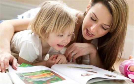 Kouzelná říkadla a obrázky, které promění souboj malých čtenářů s výslovností v zábavu pro celou rodinu