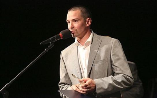 Hokejista Petr Čajánek se stal absolutním vítězem ankety o největší osobnost Zlínského kraje za loňský rok. Víte, koho z řecké mytologie zobrazuje soška pro vítěze?