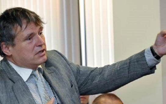 Máťuška, báťuška... Uznávaný odborník se opřel o dávnou historii a nakonec na olomoucké fakultě předpověděl: Řeknu vám, jak to asi dopadne s Ukrajinou...