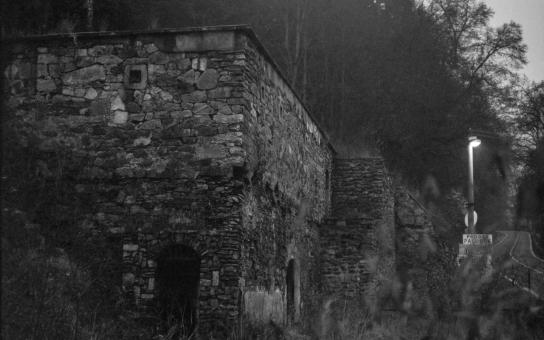 Hororová zákoutí, opuštěné budovy a fabriky... Co se v nich skrývá? Na vimperském zámku to zjistíte