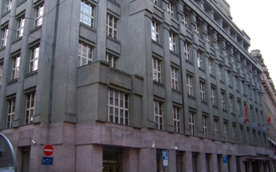 Tajemný právník v pozadí promluvil, Krnáčová má z ostudy hubertus: Kauza Škodův palác je pomalu větší tunel než Blanka