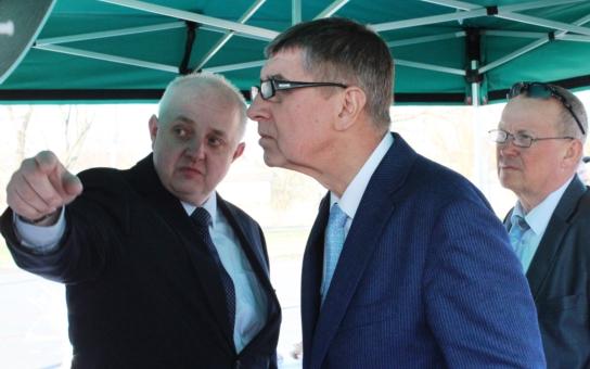 Rozhodně nehodlám dělat populistické kroky, zaříká se starosta Hlučína na Opavsku. Nonstop mi občané skutečně volat nemohou