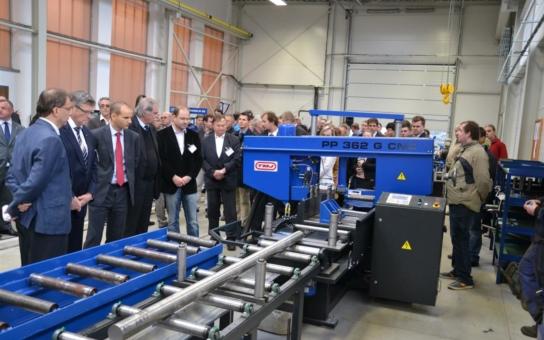 Pacovské strojírny zrychlují výrobu. Pomáhá jim k tomu laser. Svou 'roli' sehrálo 40 milionů korun