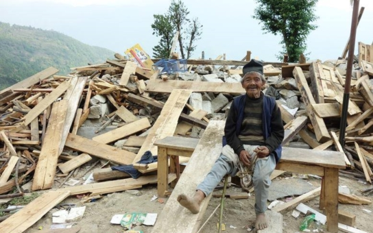 Jako když King Kong hrozí prstem, vzpomíná na zemětřesení cestovatelka, která ho zažila na vlastní kůži… Vysvětlila také, proč Nepálci tak moc milují papiňáky