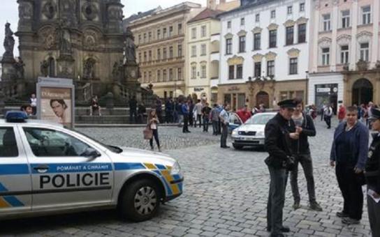 Za pár let budete naši otroci! To křičeli muslimové v Olomouci. Napadli tam stánek s peticí. Kauza se probírá už několik dní a těch verzí, co se vyrojilo...