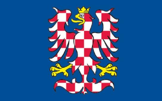Tajemný mecenáš nechal vyrobit moravské vlajky. Mají se zdarma rozdat městům a obcím. Co ho k tomu vedlo?