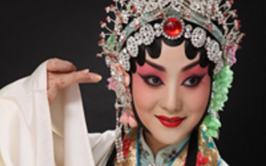 V Plzni se představí věhlasná čínská opera o Bílém hadovi. A do toho komiks, animace, fotovýstava...