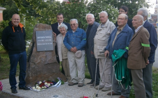 V Přelouči byl obnoven památník Antonína Švehly. Muže, který měl úctu k půdě, chlebu a lidem na venkově