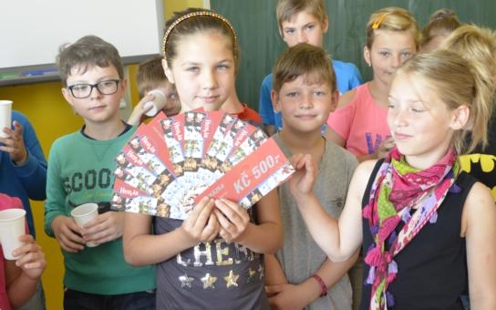 Devítiletá Luciana z Mostu je vítězkou celostátní soutěže Talent roku 2015. O výhru se podělí s Nejlepší českou školou