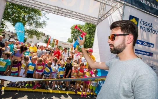 """Uživatelé aplikace EPP """"Pomáhej pohybem podpořili malé běžce z Libereckého kraje"""