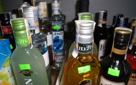 Nelegálně pracující Ukrajinci či Moldavci, nezdaněné hektolitry alkoholu... Celníci na Vysočině se během léta nenudí