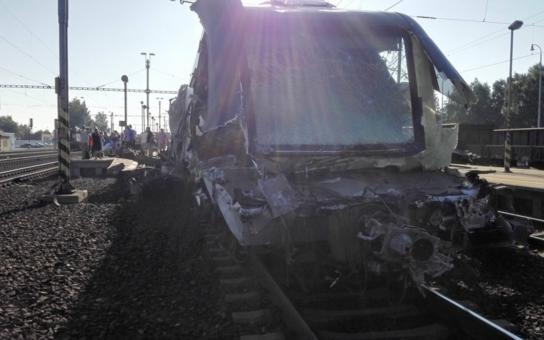 Úředníci, kteří povolili průjezd vlaků pod mostem ve Studénce, ujdou trestu. Obžalováni jsou jen zaměstnanci stavebních firem