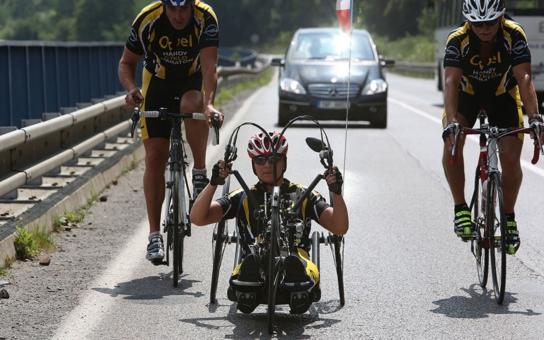Účastníky Handy cyklo maratonu čeká náročná horská časovka na Dlouhé stráně. Právě dnes!