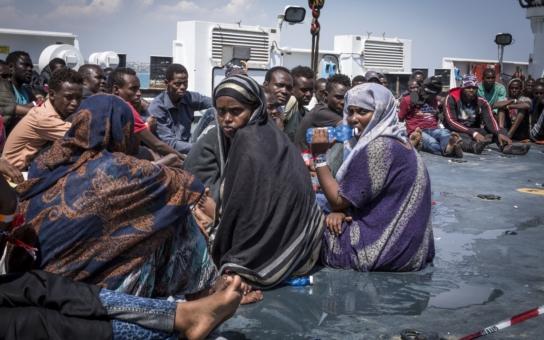 Válka je velký byznys. Tisíce uprchlíků ze Sýrie mají pozitivní vztah k Islámskému státu. Hranice pořád nejsou chráněny a politici jenom žvaní. Varovná fakta, která zazněla u Jílkové