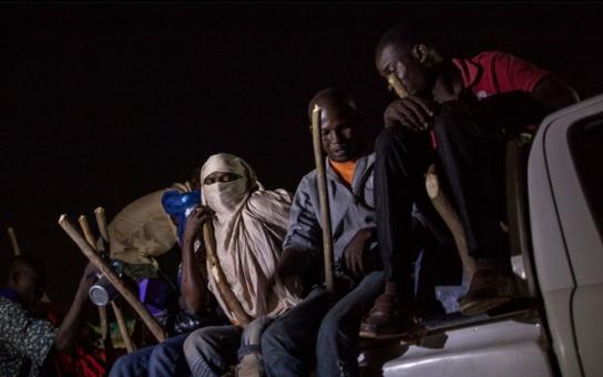 Rozzlobení Češi: EU chrání místo svých občany Afriky. Známá advokátka tvrdí, že došlo k totálnímu rozpadu právního řádu unie, Babiš se ptá, kde je NATO, zato Sobotka si chrochtá