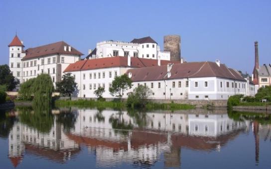Dejte sbohem prázdninám. Jindřichův Hradec se v sobotu promění v tajuplný park, chybět nebudou příšery ani tajemné postavy